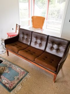 Mid Century Modern Couch - Great condition