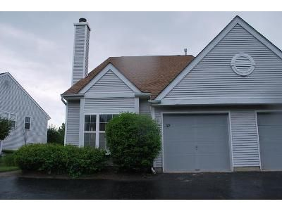 3 Bed 2.5 Bath Foreclosure Property in Bordentown, NJ 08505 - Birch Hollow Dr