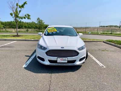 2016 Ford Fusion 4dr Sdn SE FWD (White)