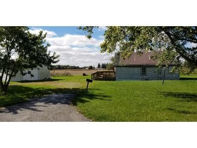 2 Bed 1 Bath Foreclosure Property in Hoagland, IN 46745 - Us Highway 27