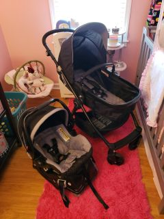 Baby Trend carseat/stroller combo!