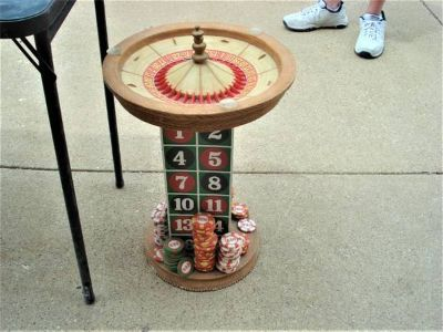 VERY UNIQUE SIDE TABLE ---- ROULETTE TABLE END TABLE