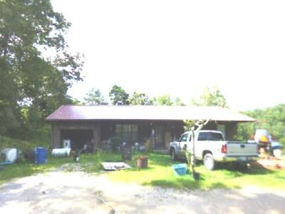 3 Bed 1 Bath Foreclosure Property in Chickamauga, GA 30707 - West Hwy 136