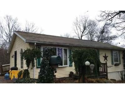 2 Bed 1 Bath Foreclosure Property in Hancock, MD 21750 - Mckinley Dr