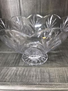 Crystal Glassware Sell Out,Wine Liquor Decanters,Bowls,Candle Holders...Great gifts