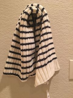 Loft Knitted Chunky Scarf