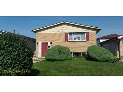 4 Bed 2 Bath Foreclosure Property in Chicago, IL 60633 - S Saginaw Ave