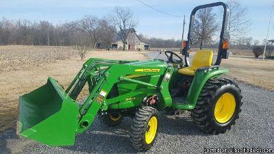 2016 John Deere 3032 E Tractor