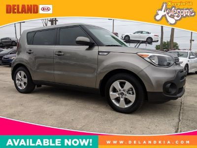 2018 Kia Soul Base (Titanium Gray)