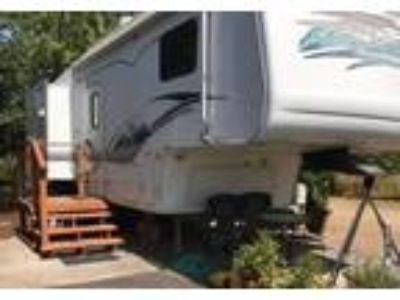 2002 Keystone RV Montana 5th Wheel in Independence, OR