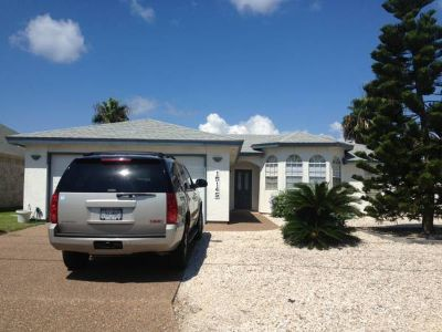 - $600  1500ftsup2 - Roommate Wanted (Beach House)