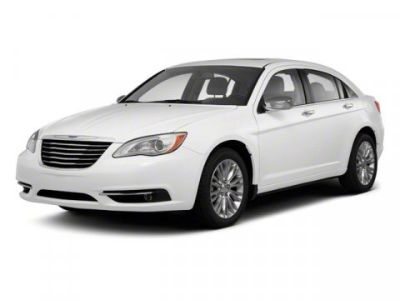 2013 Chrysler 200 Limited (Deep Cherry Red Crystal Pearl)