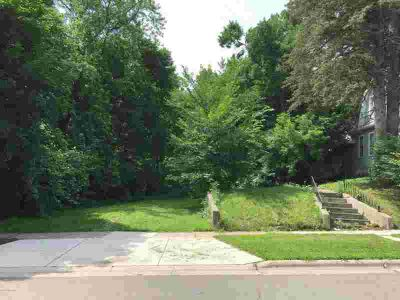 214 E 2nd Street Albert Lea, Rare find! Vacant lot in city