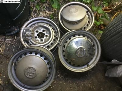 1990 Vanagon steel wheels, bolts, and hubcaps