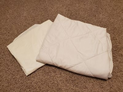 Quilted Twin Mattress Protector--Like New