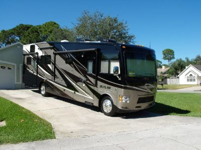 2014 Thor Motor Coach OUTLAW M-37MD