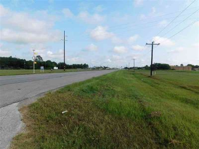 000 West Loop El Campo, PRIME LOCATION Great proper
