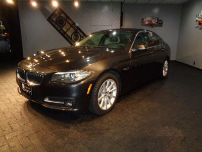 2015 BMW 5-Series 4dr Sdn 535i xDrive AWD (Black Sapphire Metallic)