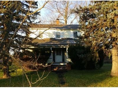 4 Bed 1 Bath Preforeclosure Property in Sanborn, NY 14132 - Townline Rd