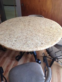 Kitchen Table and 4 Swivel Chairs