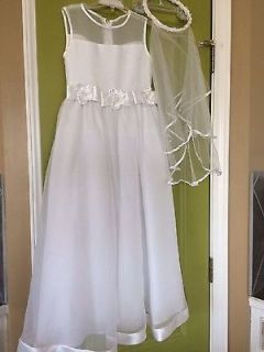 GORGEOUS GIRLS SIZE 7 FIRST 1ST COMMUNION DRESS AND VEIL