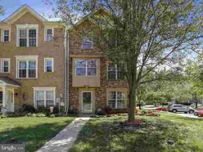 2217 Commissary Cir Odenton Four BR, Gorgeous 3 level town home