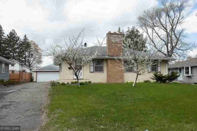6710 Oakland Avenue S RICHFIELD Three BR, Opportunity knocks at