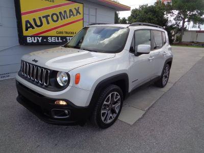 2015 Jeep Renegade Latitude (Silver)