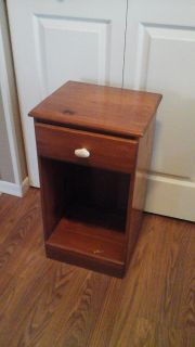 Solid Wood Night Stand w/drawer Only $ 5.00