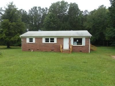 3 Bed 2 Bath Foreclosure Property in Cross Hill, SC 29332 - Morse Landing Rd