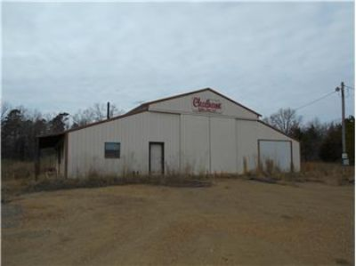 $160,000, Industrial Shop on 5.56 Acres - Ph. 580-584-2809