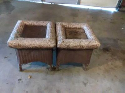 2 Wicker end tables great winter project 19 in wide 20 in tall