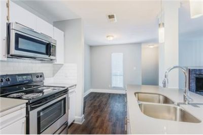 Prominence Apartments 3 bedrooms Luxury Apt Homes. Dog OK!