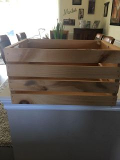 Wood crate 18 wide 9.5 tall