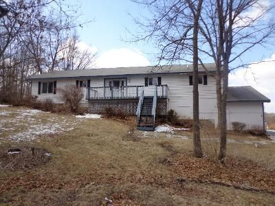 3 Bed 3 Bath Foreclosure Property in Ringwood, IL 60072 - N Ridgeway Rd
