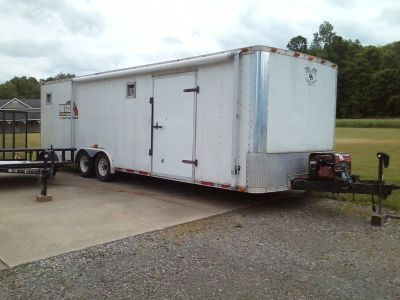 REDUCED 2002-28 ft. Double Delight race trailer with several