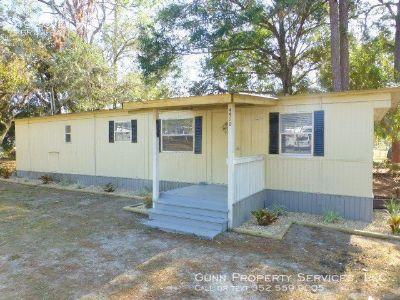 Newly renovated 2 bedroom, 1 bath mobile home