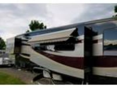 2005 Newmar Kountry-Aire 5th Wheel in Byron, NY
