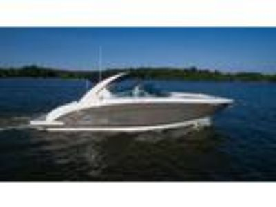 32' Regal 3200 Bowrider 2015