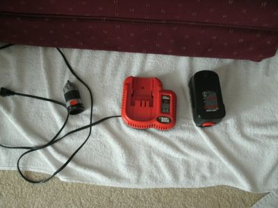 NiCd FAST Charger 9.6v to 18v, 14v Battery and removable drill chuck