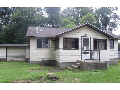 1 Bed 1 Bath Foreclosure Property in Osseo, MI 49266 - Fountain Park Dr