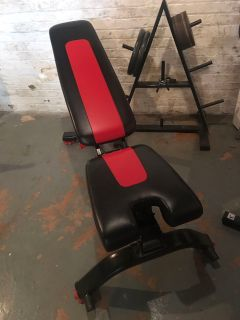 BOWFLEX ADJUSTABLE DUMB BELLS WITH STAND AND BENCH