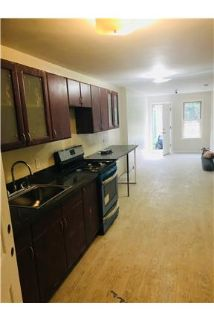 NO FEE Pet friendly,Parking included 1BR apartment