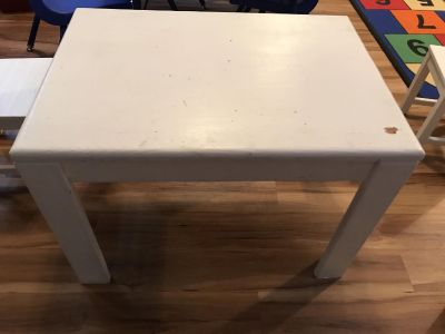 Kids solid wood table