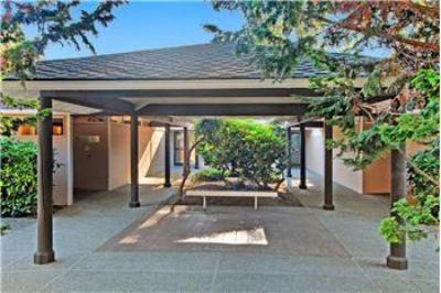 $750,000, 1186 Sq. ft., 9800 NE 120th Place - Ph. 425-502-5231