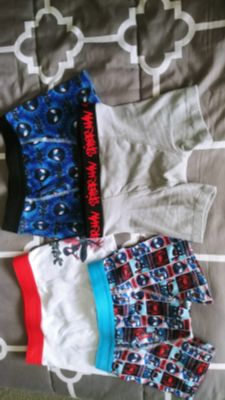4 pairs of Spiderman boxer briefs size 8