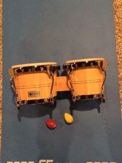 PERFORMANCE SERIES BONGOS PERCUSSION SET. SHAKER EGGS INCLUDED.