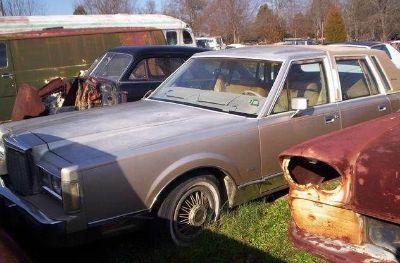 1985 Lincoln Town Car Base 4DR STD Sedan