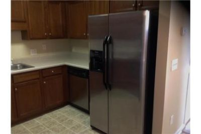House in prime location. Washer/Dryer Hookups!