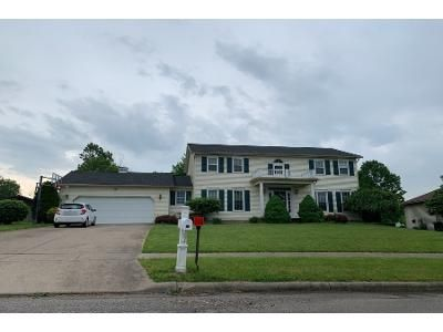 4 Bed 2.5 Bath Preforeclosure Property in Girard, OH 44420 - Mohawk Dr
